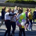 Photo of Churchill Jr High students running