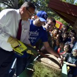 Photo of Rosecrest Elementary alumni opening time capsule