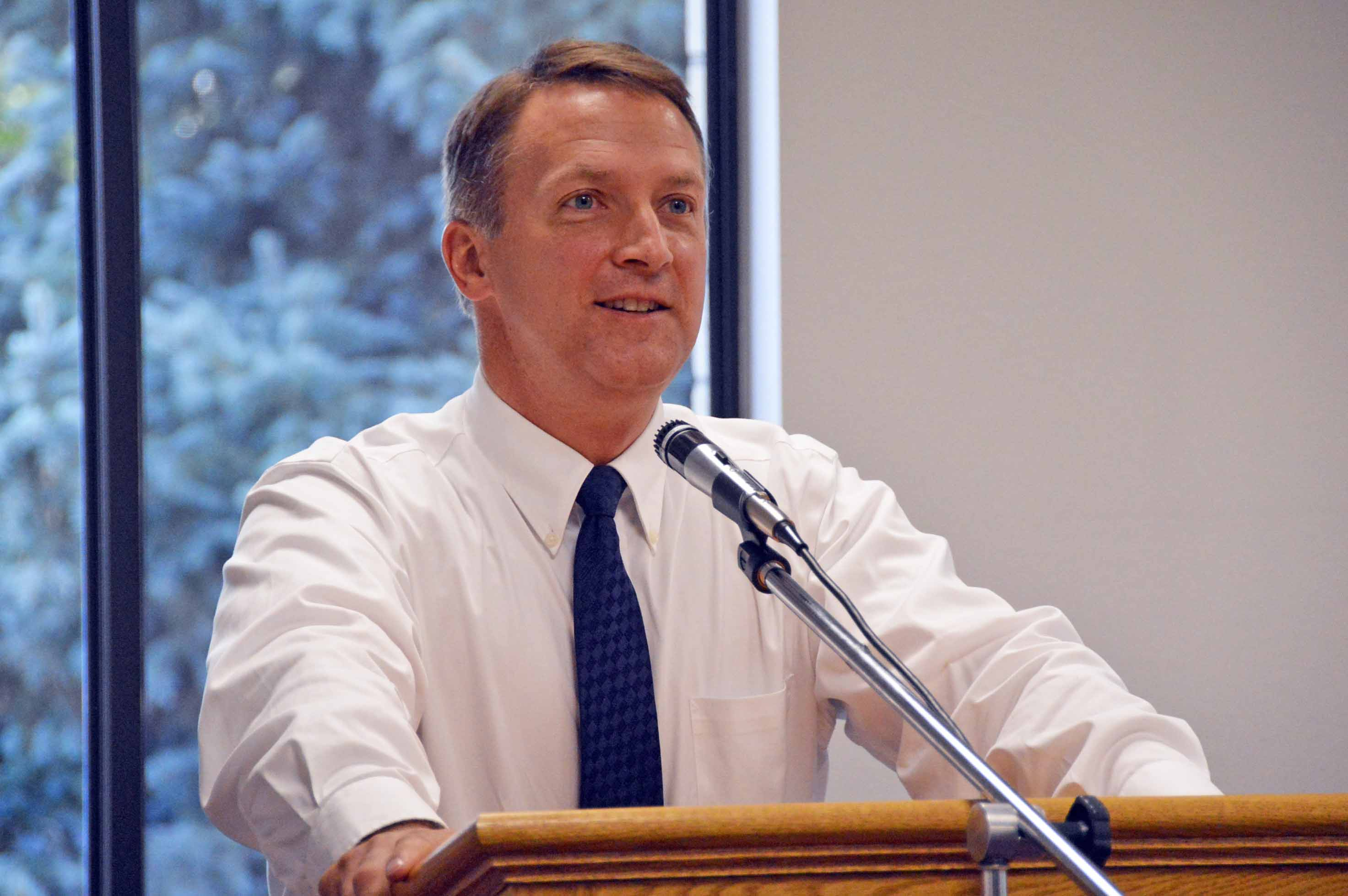 Dr. Bates named Utah Superintendent of the Year